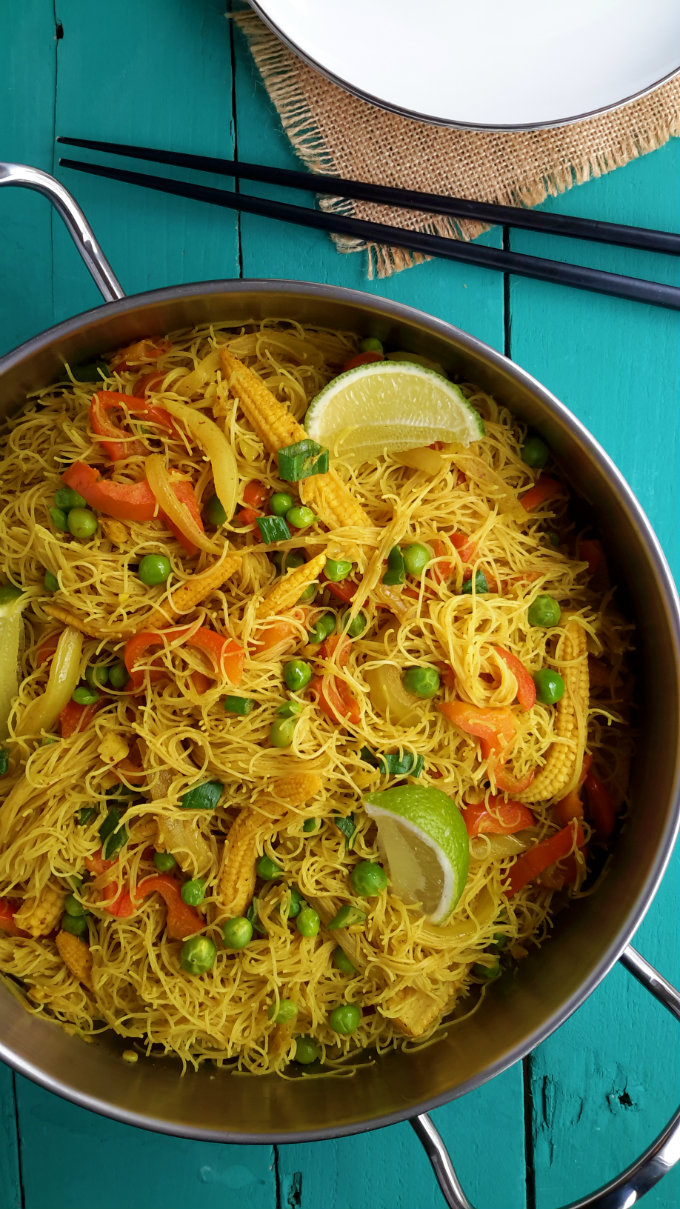 Vegetable Singapore Noodles | Cilantro and Citronella