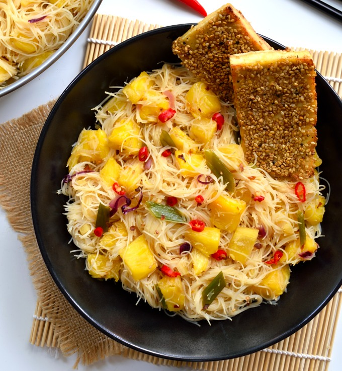 These pineapple vermicelli rice noodles are a sweet, savory, (slightly ...