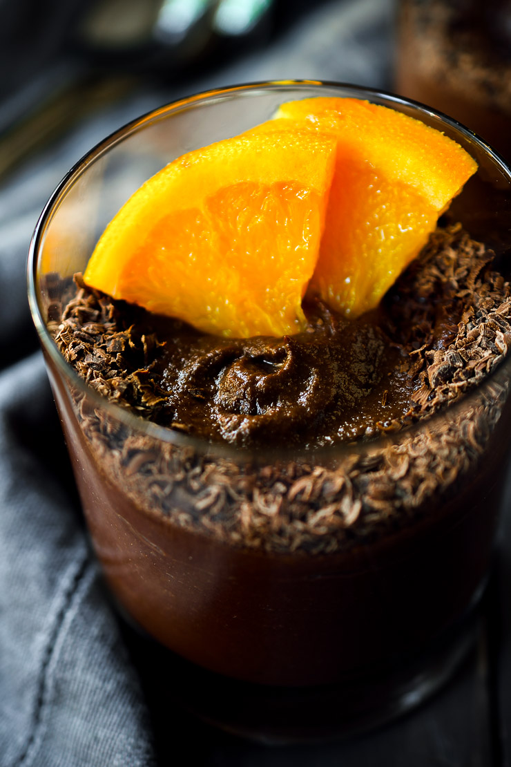 This vegan chocolate pudding is so creamy, sweet and chocolaty that's you'd never guess the main ingredient is cauliflower. Don't worry; it doesn't taste anything like cauliflower – just the deliciously classic combination of chocolate and orange. This hidden veggie dessert can be served straight out of the blender as a pudding or frozen and served as a healthy vegan ice cream cake.