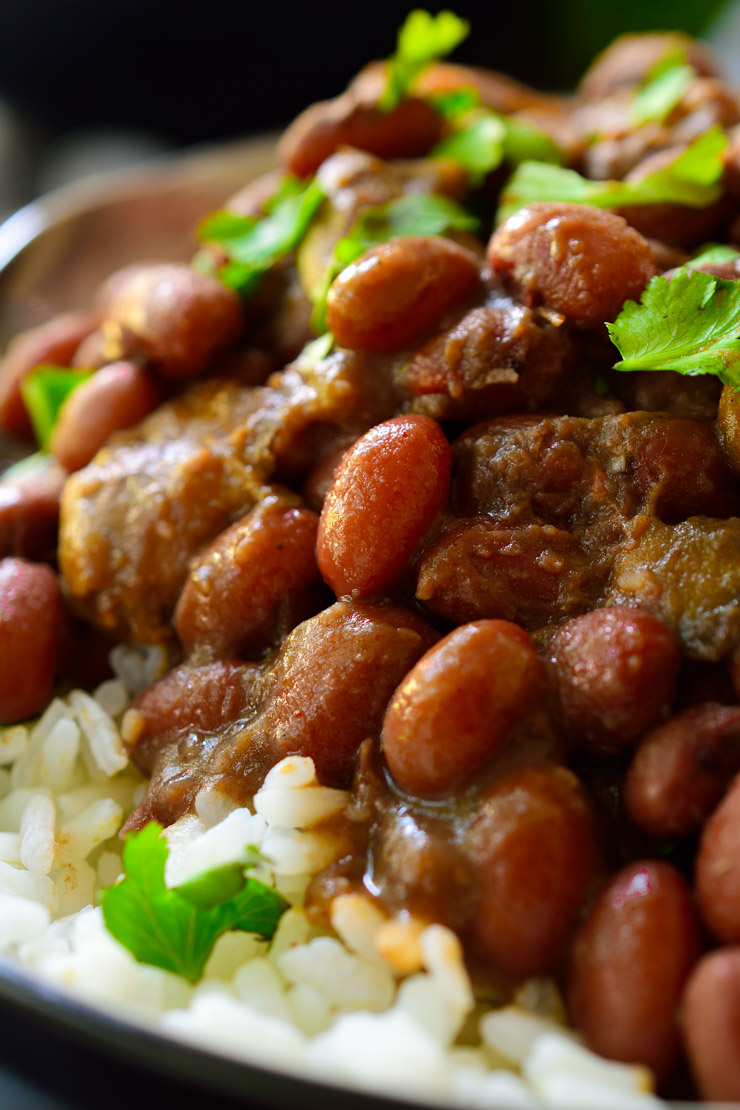 Easy, flavourful vegan red beans and rice. A hearty vegetarian meal!