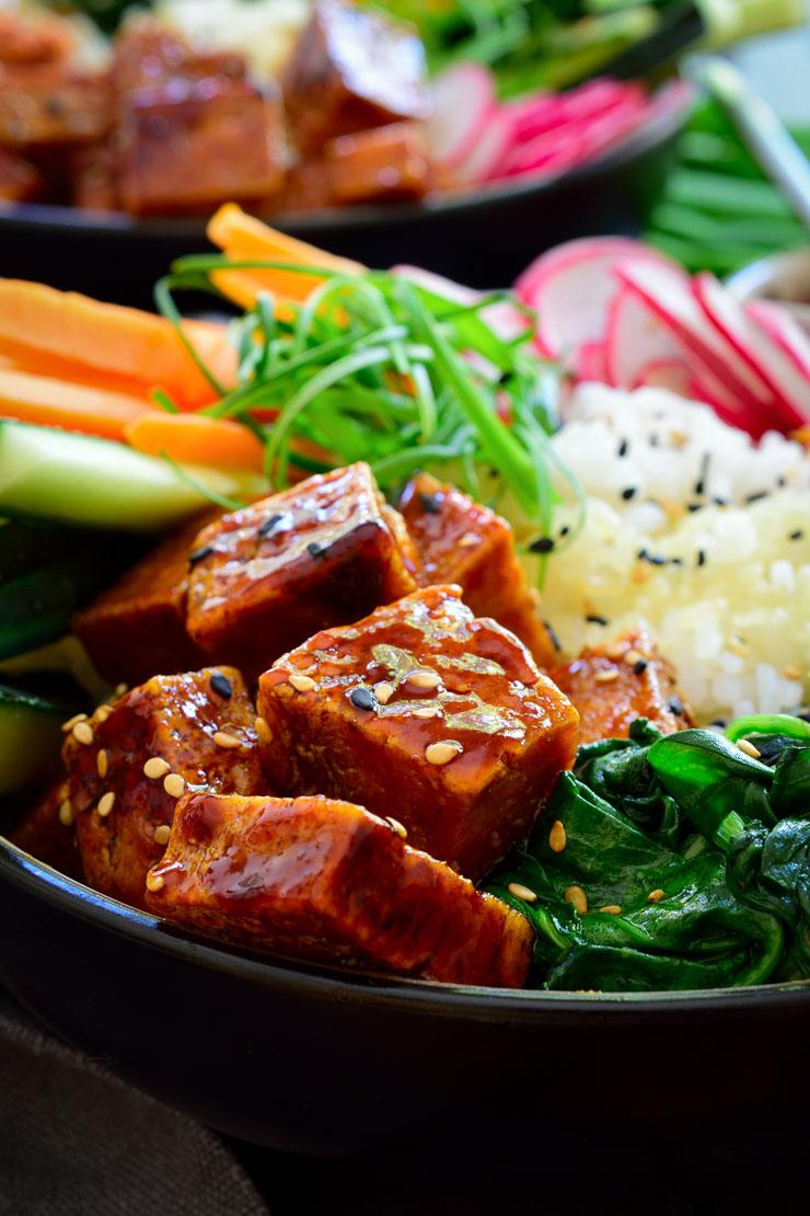 Gochujang tofu to top this delicious vegan bibimbap recipe.
