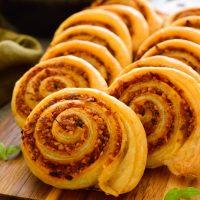 Vegan Pinwheels with Sun-Dried Tomato Pesto